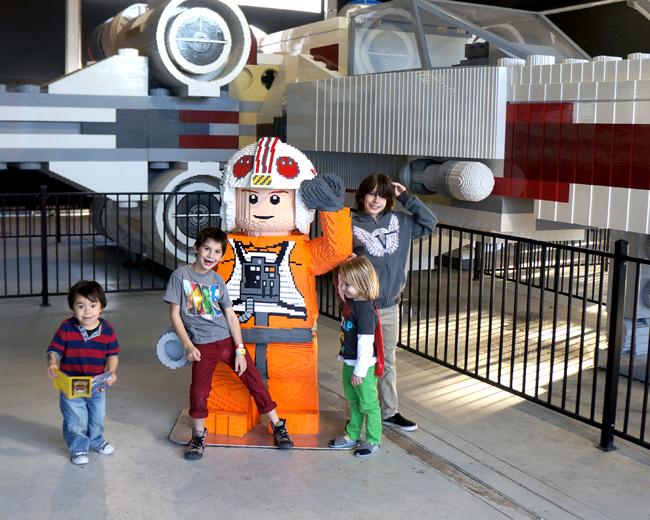 legoland-x-wing-fighter-star-wars