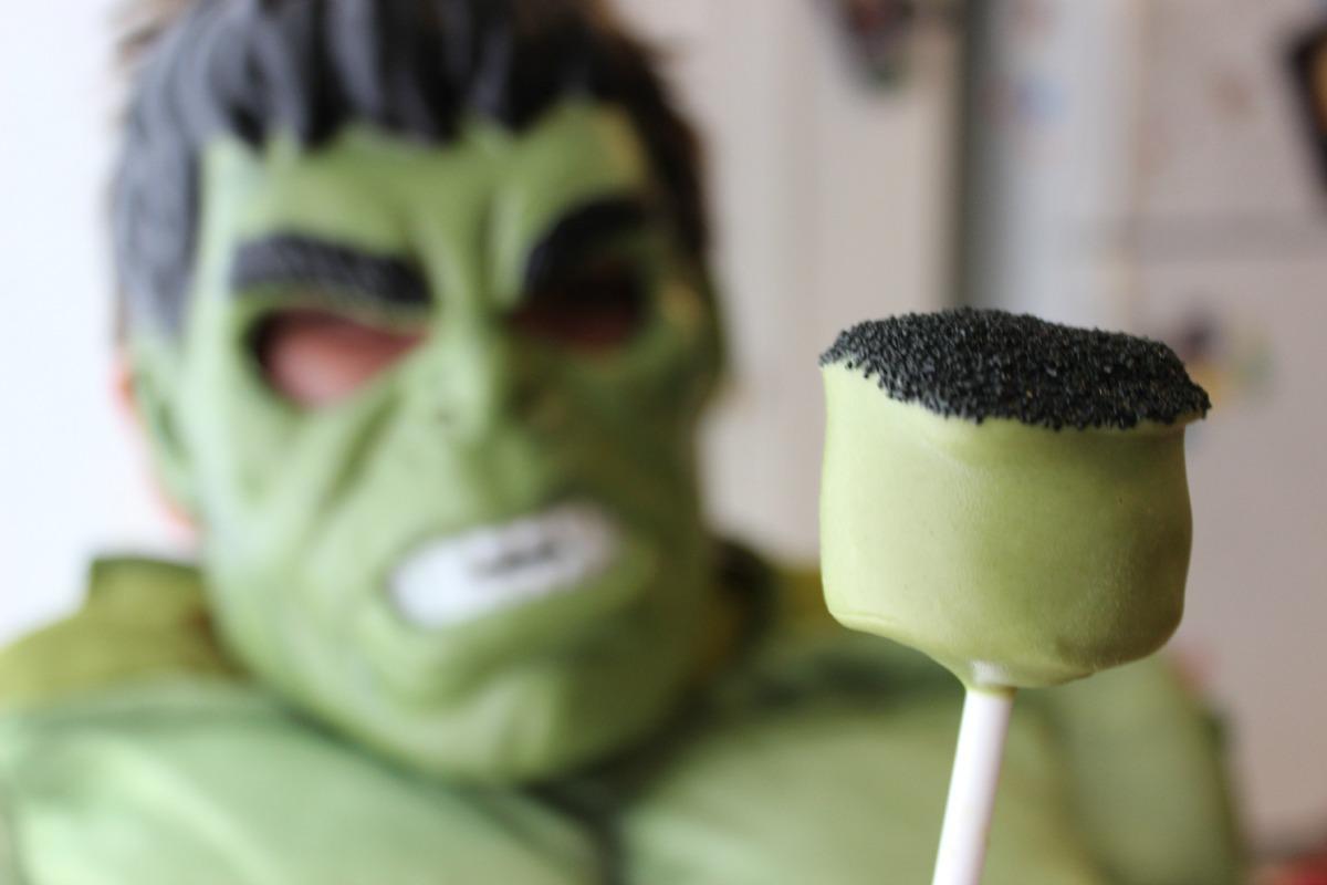 Avengers Hulk Marshmallow Pops