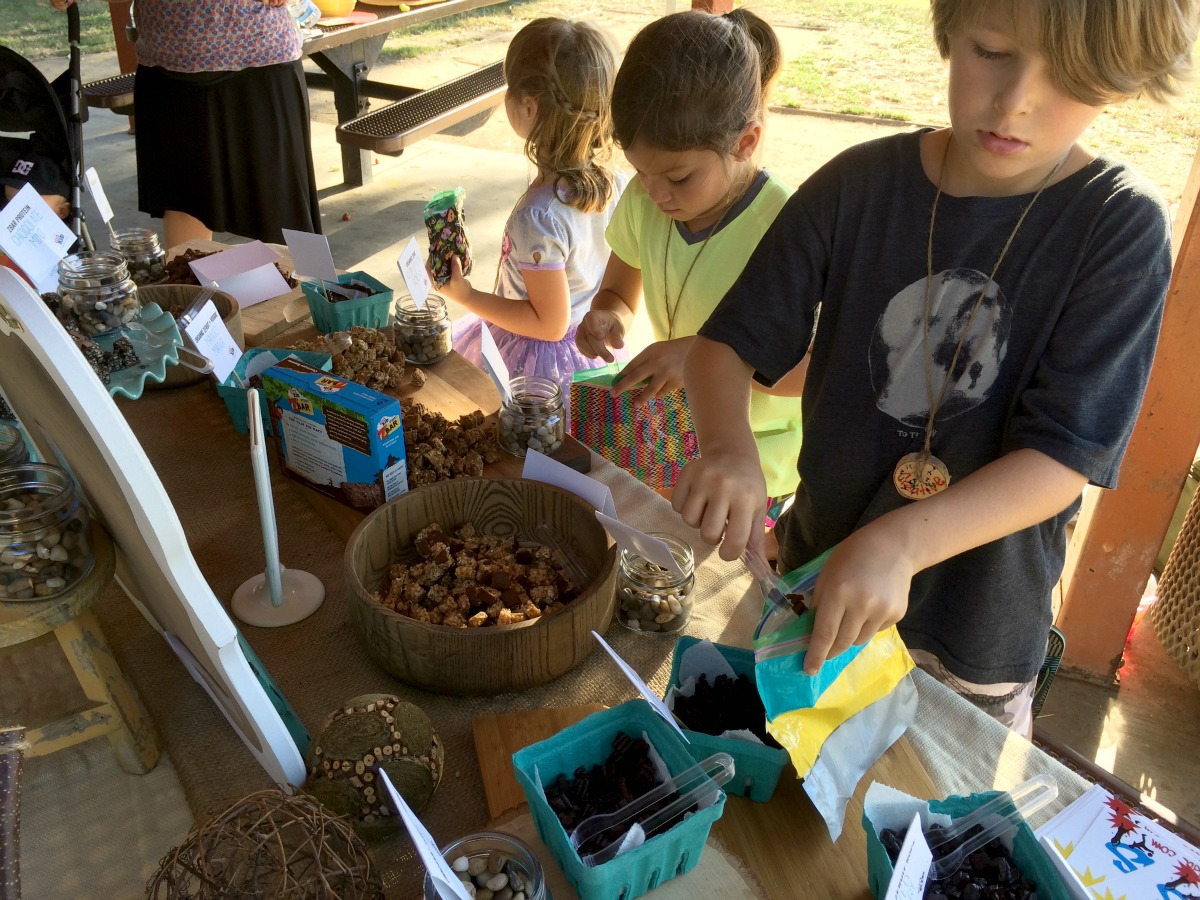 Kids Making Clif Kid Trail Mix